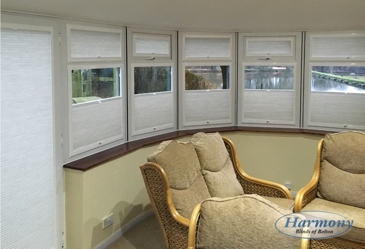 Quot Floating Quot Perfect Fit Pleated Conservatory Blinds