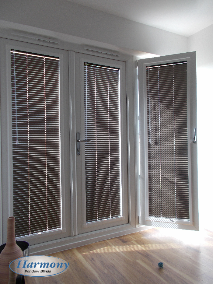 brown perfect fit venetian blinds on patio doors - Blinds For Patio Doors