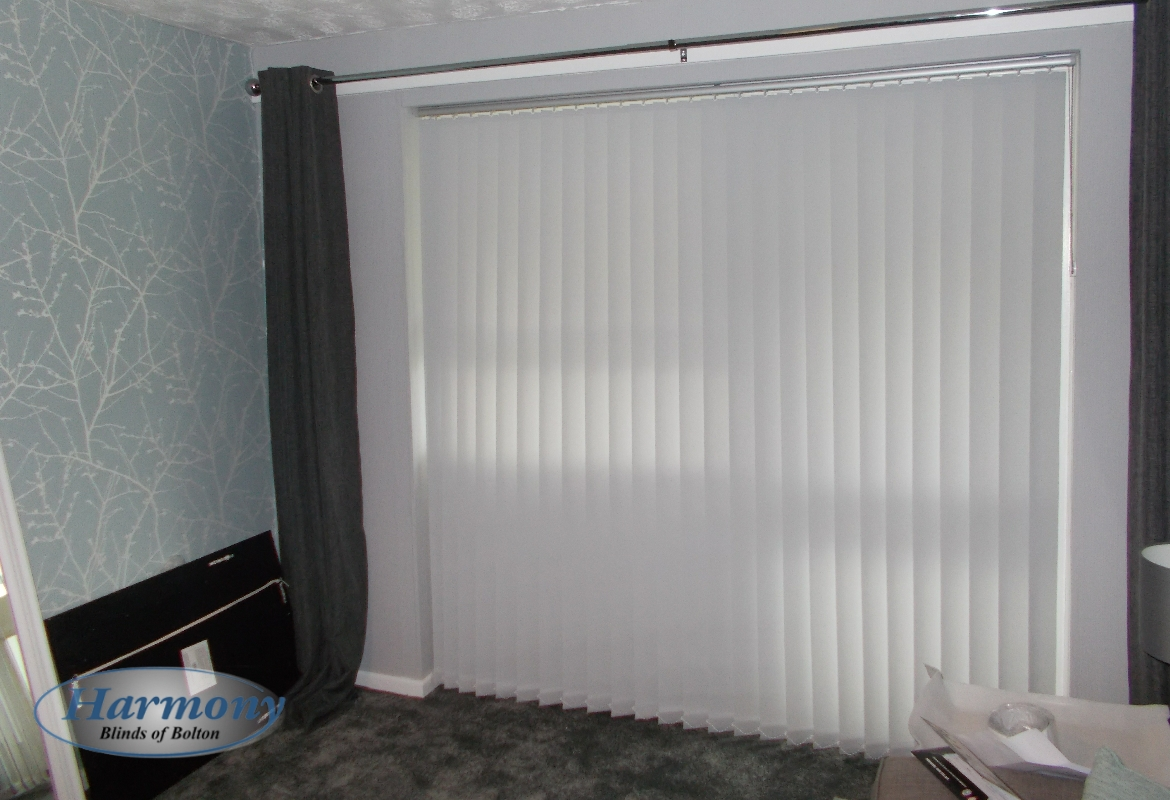 blind unilux white blinds vertical success b