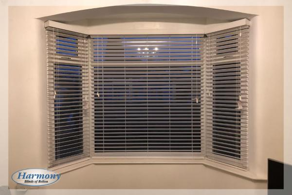 Bay Window Blinds Ideas - Wooden Blinds