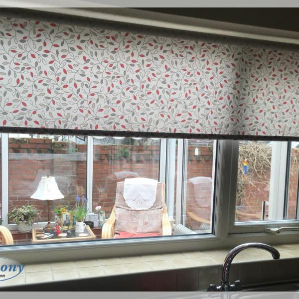 Floral Pattern Roller Blind in a Kitchen