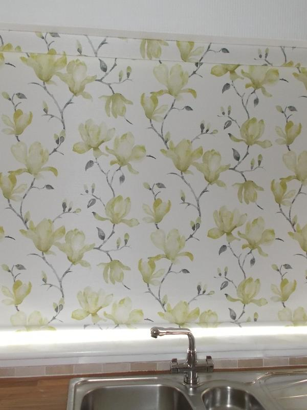 Floral Senses Roller Blind in a Kitchen