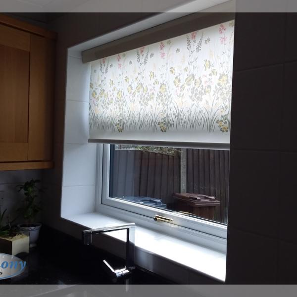 Floral Senses Roller Blinds for a Kitchen
