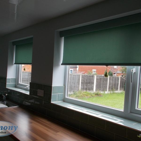 Green Senses Roller Blinds in a Modern Kitchen