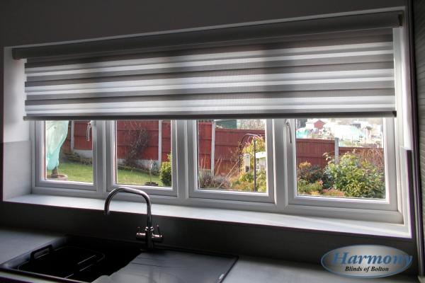 Motorised Day & Night Blind in a Kitchen